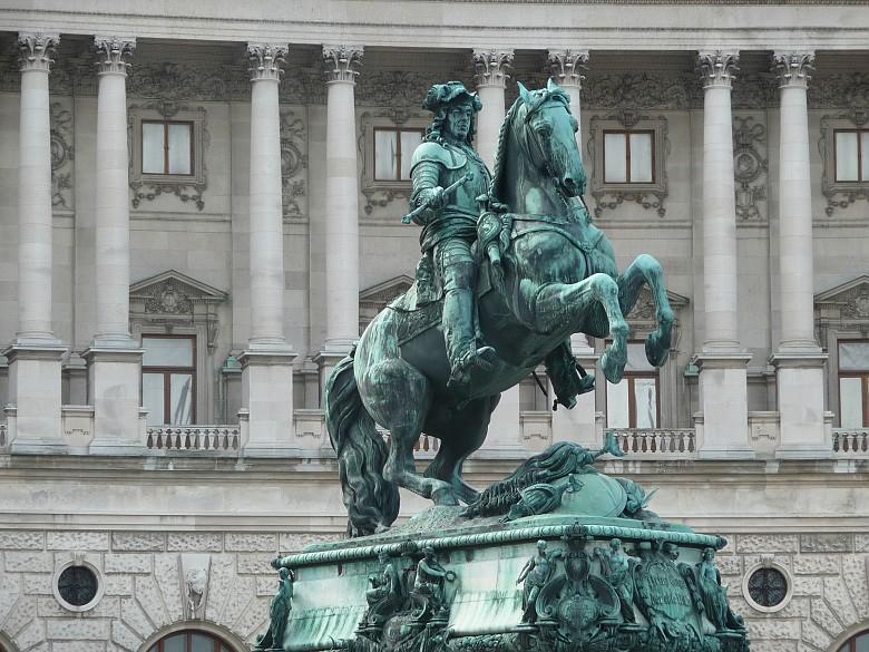 eugenio di savoia-statua equestre vienna